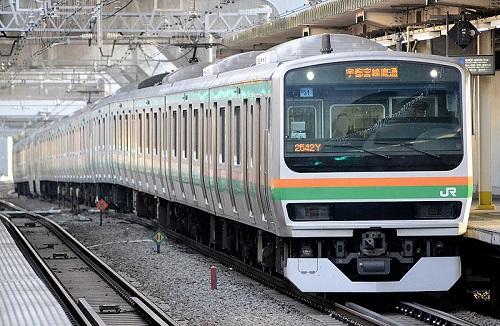 Syunan_shinjyuku_line_E231.jpg