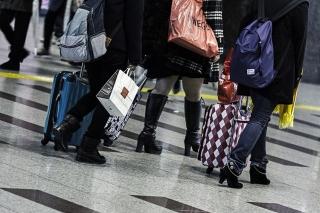 スーツケースで旅行
