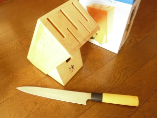 ナイフブロック刺身包丁入る?