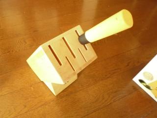 ナイフブロック刺身包丁もすっぽりです