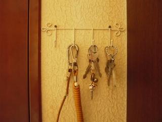 玄関の鍵上