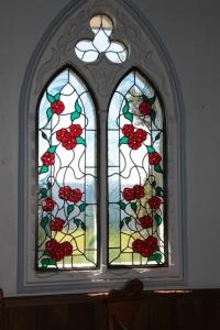 ステンドグラスの窓