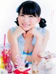 AKB48 小嶋真子 セクシー おっぱいの谷間 カメラ目線 頬杖 誘惑 高画質エロかわいい画像9462
