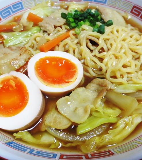 麺つゆカレーラーメン 拡大