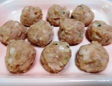 鶏だんごのチーズパン粉焼き 材料①