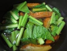 小松菜とさつま揚げの炊いたん 調理①