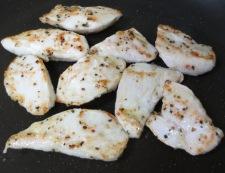 鶏ささみの胡椒炒め 調理②