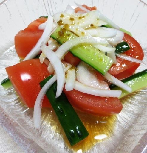 オニオンとトマトのサラダ 大