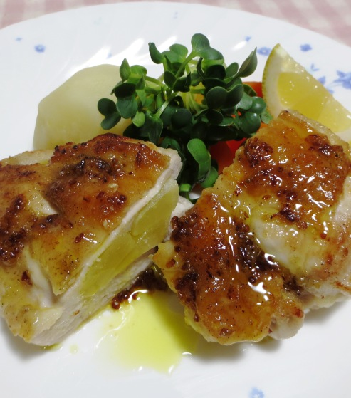 鶏むね肉のアップルサンドソテー 大