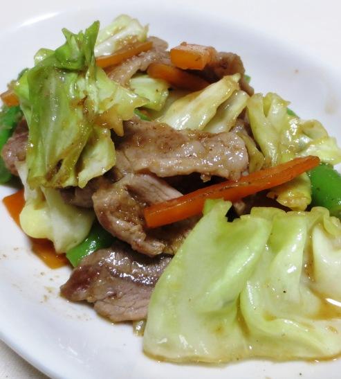 豚こま切れ肉とキャベツの生姜炒め B