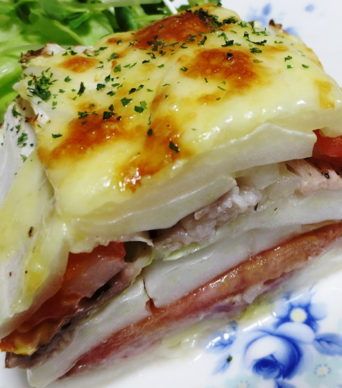 白菜と豚こまトマトの重ね焼き 大