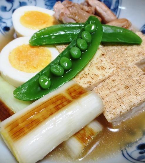 鶏たま親子豆腐 B