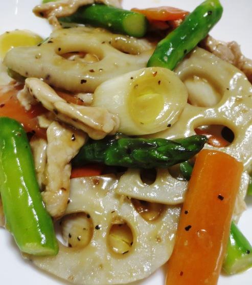 豚肉と根菜の黒胡椒炒め 拡大
