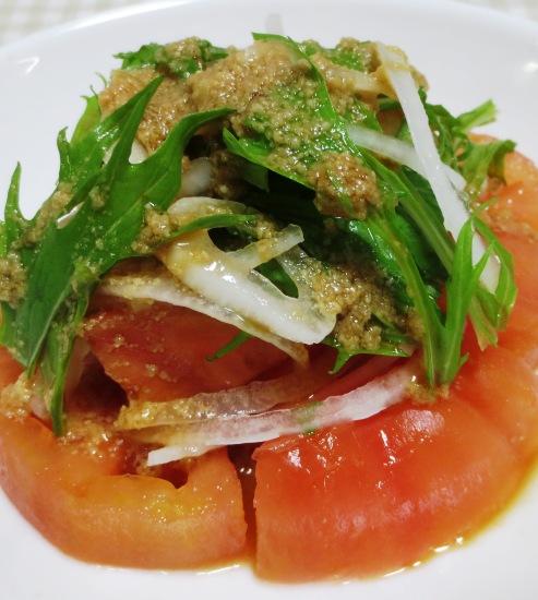 トマトと新玉ねぎのサラダ 大