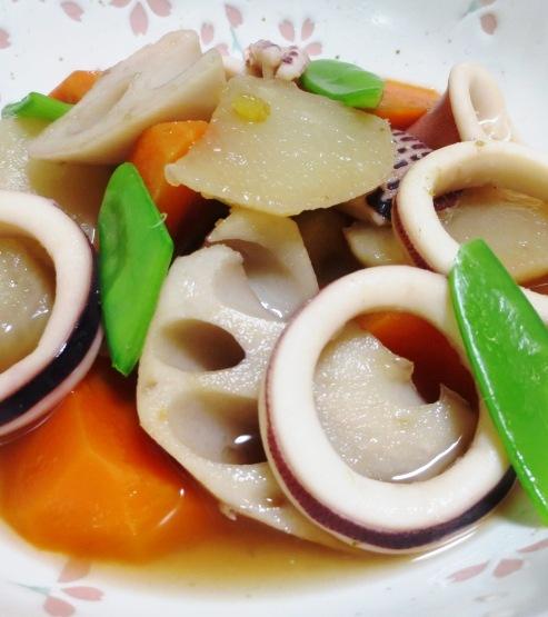 イカと根菜の柚子こしょう煮 拡大