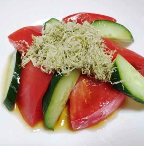 トマトとろろ昆布サラダ 大