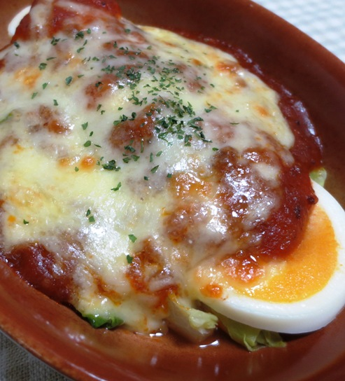 キャベツと卵のミートソースグラタン B