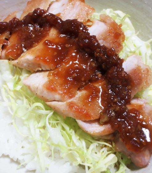 トンテキ丼エバラ焼肉のタレ 大