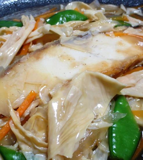 白身魚の湯葉あんかけ B