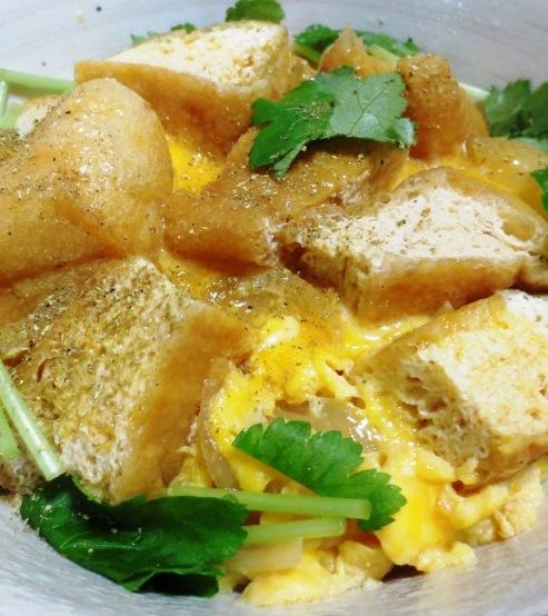 お揚げの卵とじ丼 B
