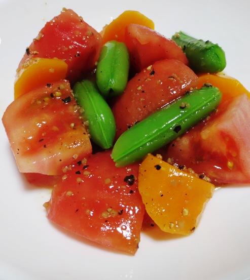 トマトとスナップエンドウのサラダ B