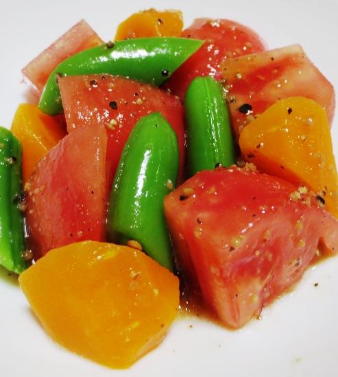 トマトとスナップエンドウのサラダ 大