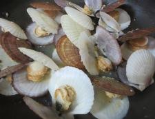ホタテの稚貝 酒蒸し 調理④