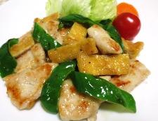 鶏むね肉とお揚げの塩ジャン炒め 調理⑥