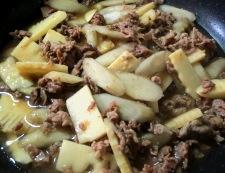 牛肉とごぼうの煮物 調理⑥