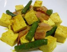 豆腐とベーコンのカレー炒め 調理⑥