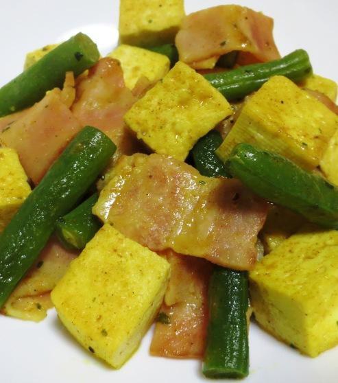 豆腐とベーコンのカレー炒め B