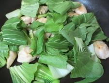 鶏ささみと青梗菜のペパー炒め 調理③