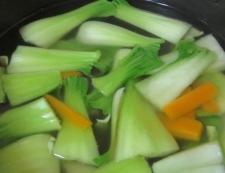 青梗菜のスープ 調理