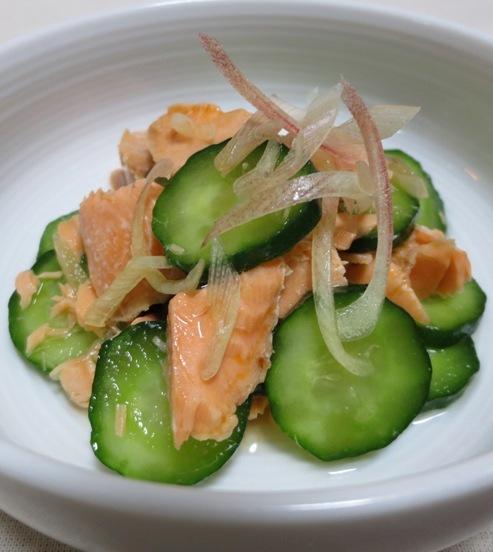 塩鮭ときゅうりの酢の物 B