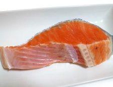 塩鮭ときゅうりの酢の物 材料