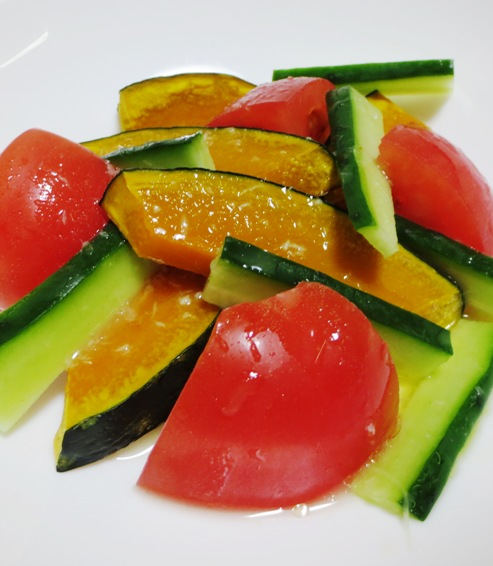トマトと焼きかぼちゃのわさびサラダ 拡大
