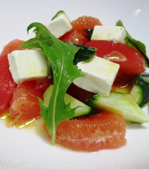 チーズとグレープフルーツのおつまみサラダ B