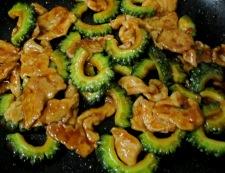 ゴーヤと豚肉のテンメンジャン炒め 調理⑤
