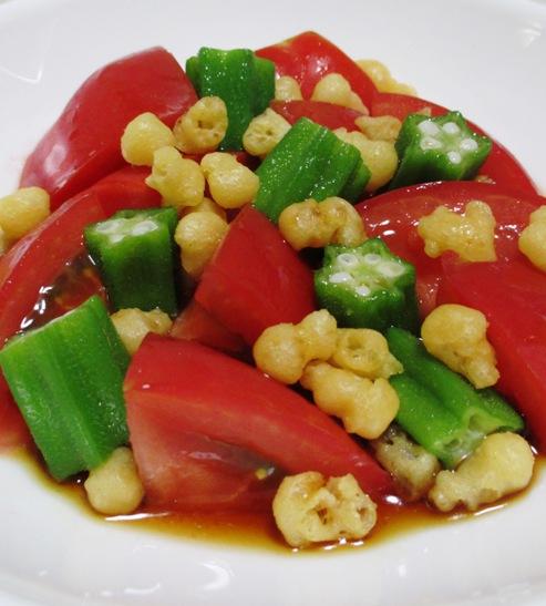 天かす(揚げ玉)とトマトのサラダ 大
