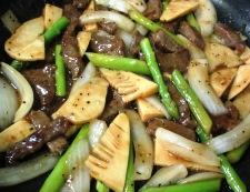 牛肉とアスパラの黒胡椒炒め 調理⑤