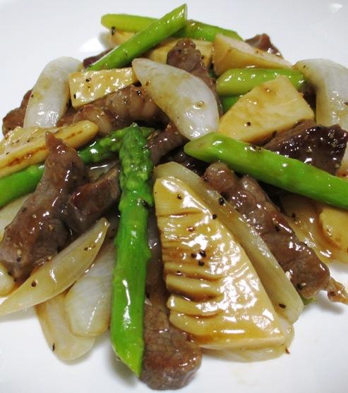 牛肉とアスパラの黒胡椒炒め 拡大
