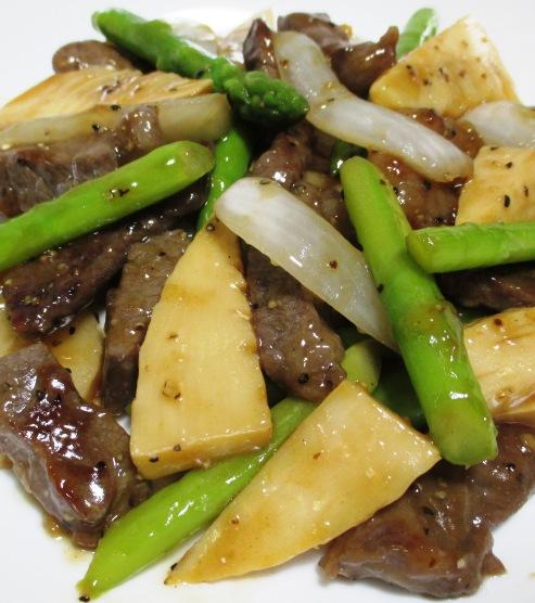 牛肉とアスパラの黒胡椒炒め B