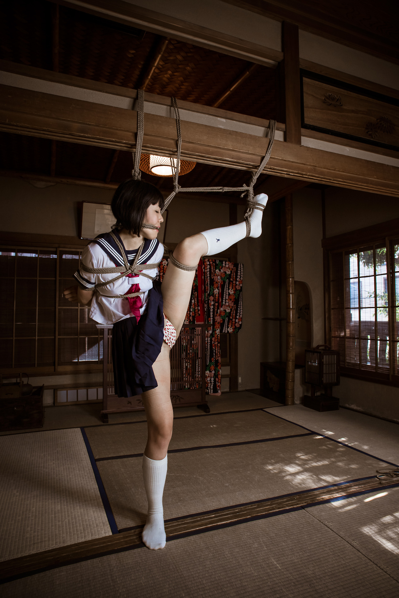 miad747 走り高跳び県大会記録保持者の長身アスリートSEX!! 平沢なつ