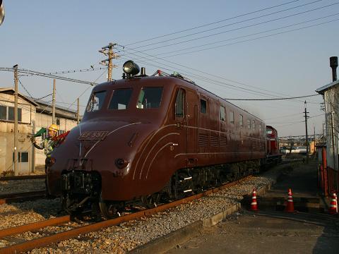 jre-EF551-2.jpg