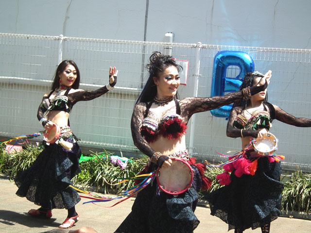 2015野毛大道芸 アルカラマーニ ダンス オリエンタル カンパニー(2)