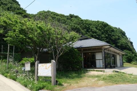 61ヨダカ珈琲カフェ