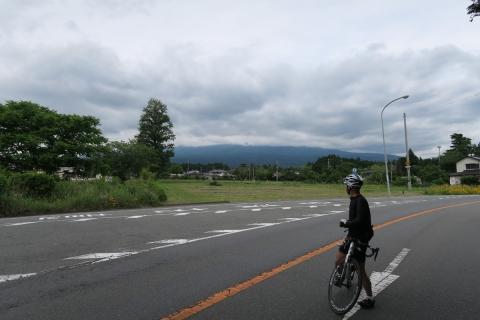 06頂が見えない富士山