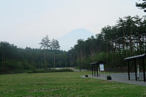 06富士山北麓公園駐車場