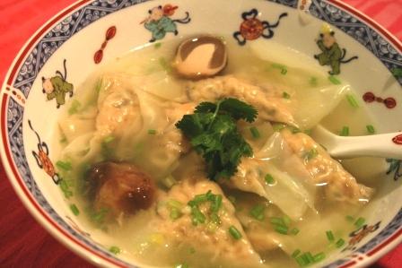 webワンタンとふくろ茸のスープ