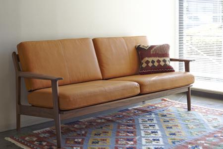 sofa11_main.jpg